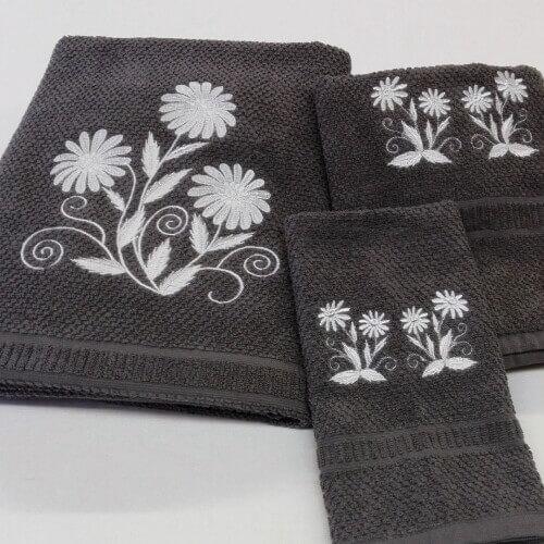 Juego de toallas en gris oscuro